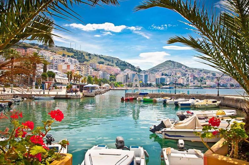 albania-saranda-port